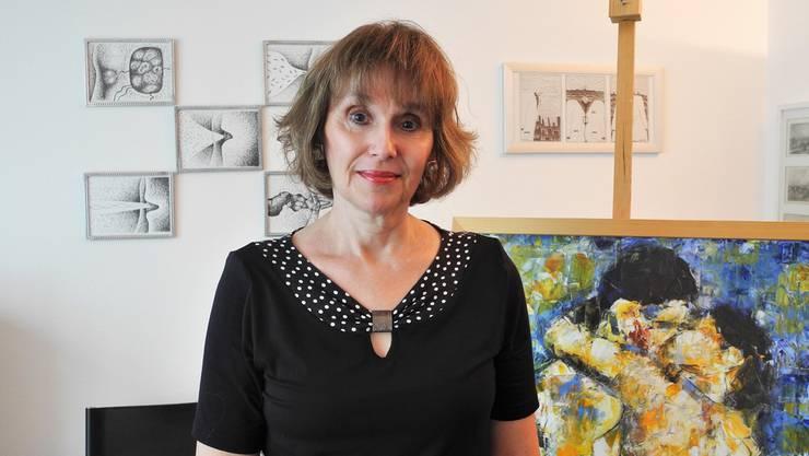 Marta Elizondo schreibt Gedichte, lehrt Spanisch, handelt mit Kunst und organisiert seit 20 Jahren Ausstellungen.