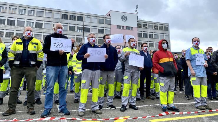 Die Gewerkschaften wollen den Stellenabbau bei General Electric verhindern. Vor dem Standort in Oberentfelden formiert sich eine Protestaktion.