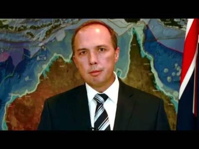 In einem neueren Video spricht der australische Immigrations-Minister gleich selbst zu den illegalen Einreisewilligen.