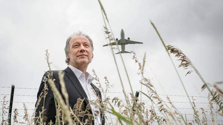 Thomas Hardegger hört in seiner Gemeinde Rümlang vor allem die startenden Flugzeuge. Flurin Bertschinger