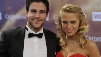 Mit Mode Geld machen: Mister Schweiz Luca Ruch mit seiner Freundin (Archiv)