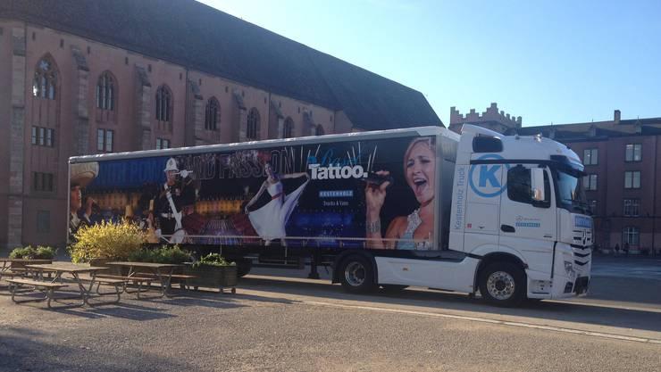 Der Basel Tattoo Truck.