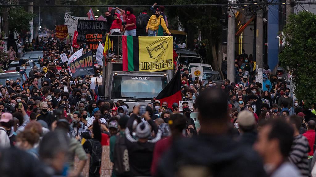 Brasiliens Präsident warnt vor Spaltung durch Anti-Rassismus-Demos