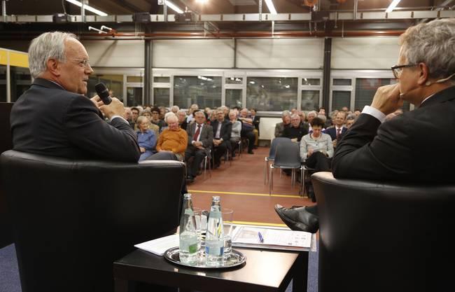 Bundesrat Johann Schneider-Ammann im Gespräch mit Moderator Werner De Schepper