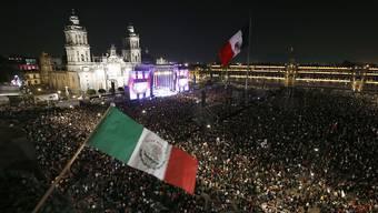 Rund 150'000 Personen haben am Samstag die Antrittsrede des neuen Präsidenten Mexikos Andrés Manuel López Obrador im Zentrum von Mexiko-Stadt verfolgt.