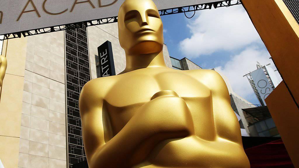 Zurück zum Original: Die Oscar-Trophäen sollen dem Prototypen wieder ähnlicher werden. (Archiv)