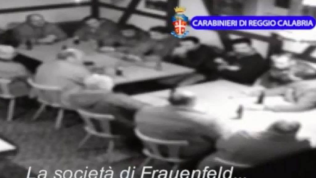 Eine Videosequenz der ‹‹Operazione Helvetica››, veröffentlicht von der kalabrischen Polizei im August 2014. Ausser im Wallis gab es im März dieses Jahres auch in den Kantonen Thurgau und Zürich Verhaftungen von mutmasslichen 'Ndrangheta-Mitgliedern. (Archivbild)