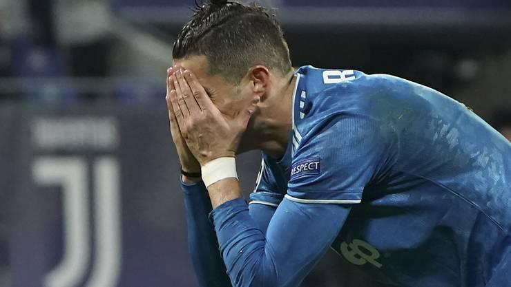 Macht derzeit eine schwierige Zeit durch: Superstar Cristiano Ronaldo sorgt sich um die Gesundheit seiner Mutter