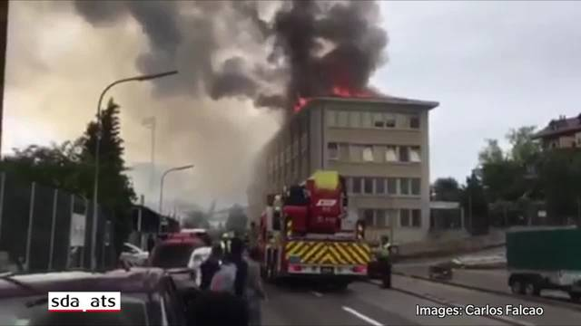 Schulhaus in Vevey nach Brand evakuiert