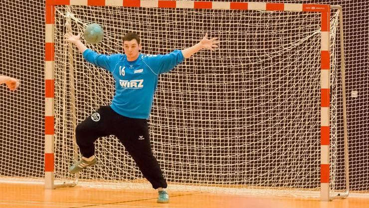 Torwart Strähl überzeugt mit guten Paraden und sichert dem SG Biberist vor heimischem Publikum die ersten Saison-Punkte.