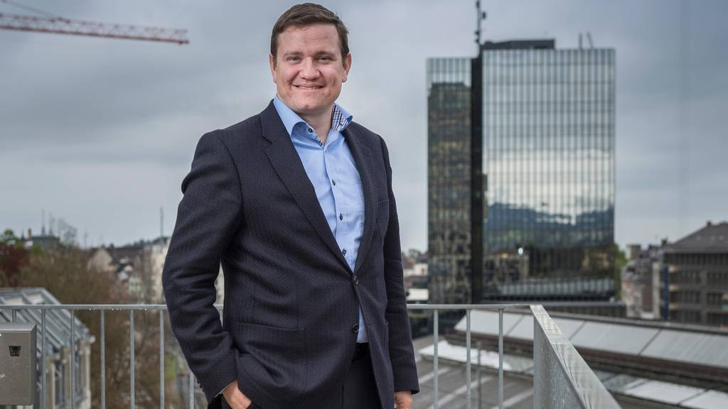 Der St.Galler CVP-Politiker Michael Hugentobler tritt ab sofort von all seinen Ämtern zurück.