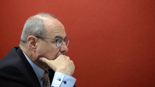 Claude Janiak sagt, von der parlamentarischen Initiative seiner eigenen Partei halte er gar nichts. Foto: Juri Junkov