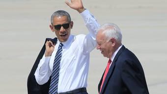 Spaniens Aussenminister Jose Manuel Garcia Margallo (r) und US-Präsident Barack Obama kurz vor dessen Rückkehr in die USA.