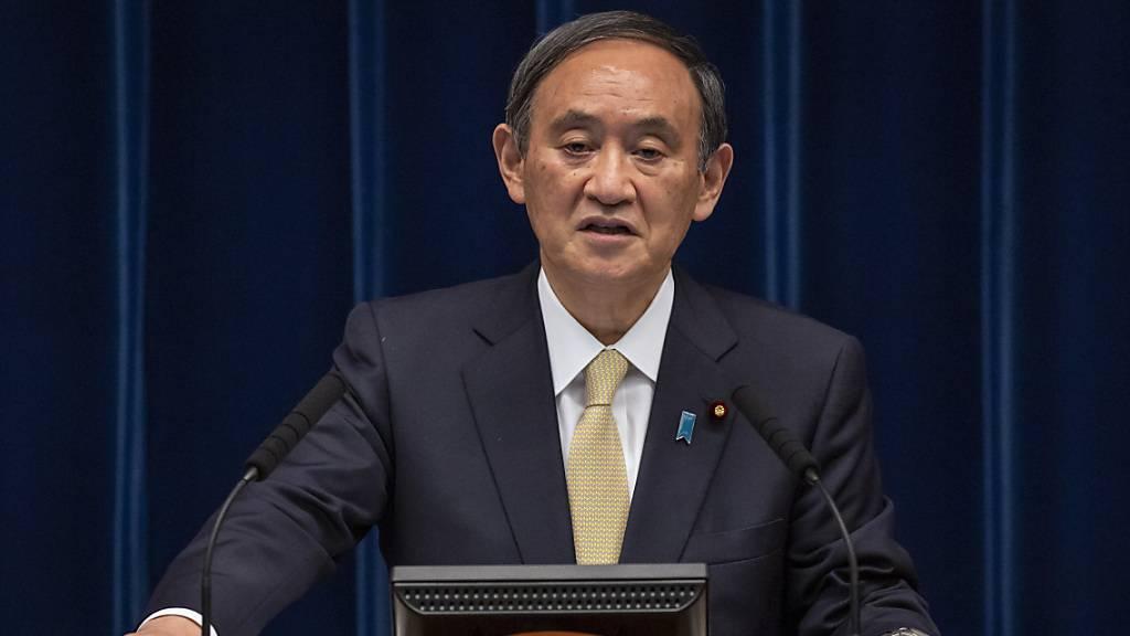 Japans Regierungschef Suga gerät politisch zunehmend unter Druck