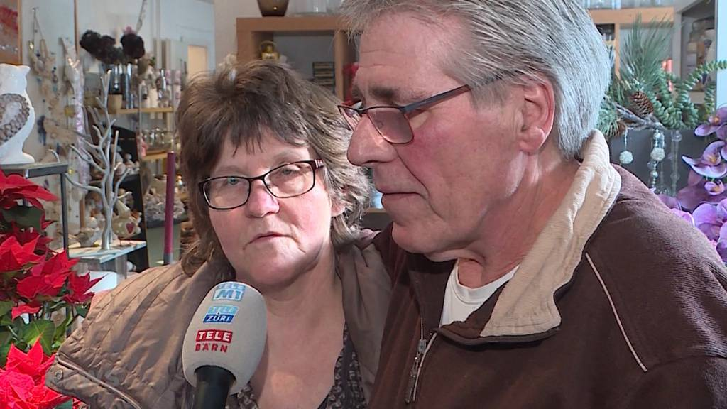 Mutiges Ehepaar schnappt Einbrecher