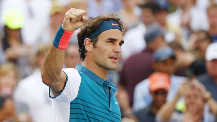 Der fünffache US-Open-Champion Roger Federer besiegt den Deutschen Philipp Kohlschreiber 6:3, 6:4, 6:4 und steht im Achtelfinal.