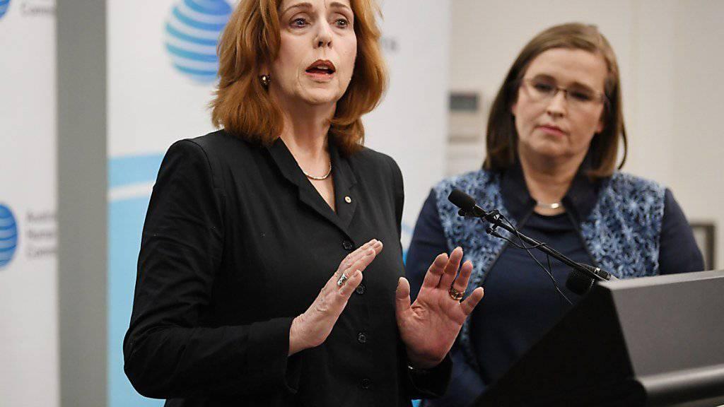 Kommentieren erschreckende Studienergebnisse: Margaret Gardner (Links), Vizekanzlerin der Monash-Universität in Melbourne und Kate Jenkins, australische Kommissarin für sexuelle Diskriminierung.