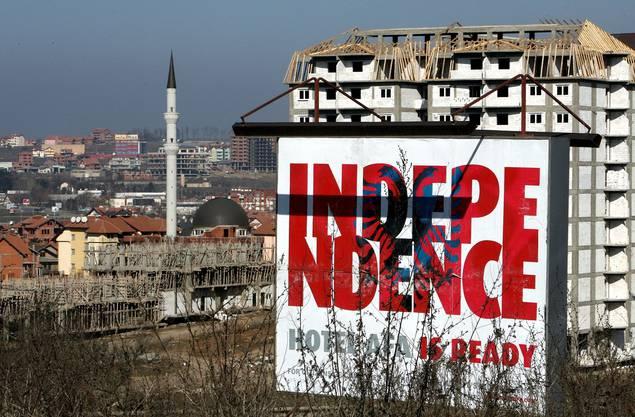 Unabhängigkeit = pavaresia e kosoves