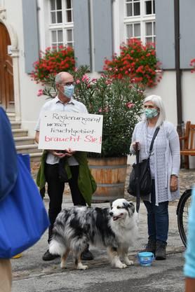 Demo gegen die Überbauung La Colline beim Goetheanum.