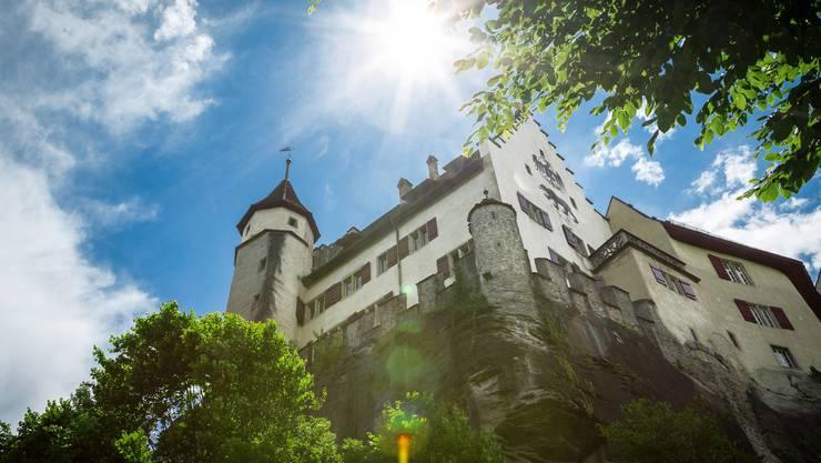 Mächtig: Schloss Lenzburg