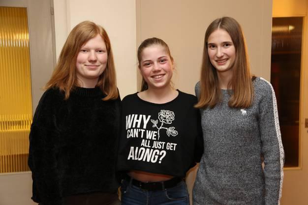 Drei Jungturnerinnen konnten an der Generalversammlung in den Aktivverein aufgenommen werden