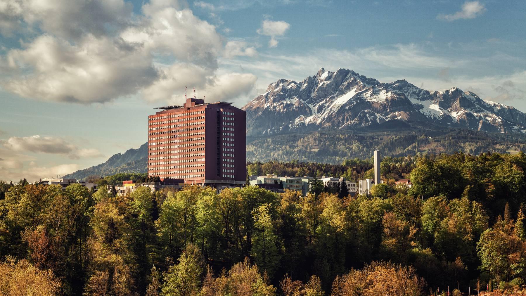 Im Luzerner Kantonsspital wurden Schutzmasken gestohlen.