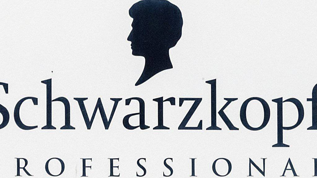 Ein schwächelndes Kosmetikgeschäft hat den deutschen Henkel-Konzern, der etwa die Marke Schwarzkopf herstellt, im ersten Quartal einen Gewinnrückgang beschert. (Archivbild)