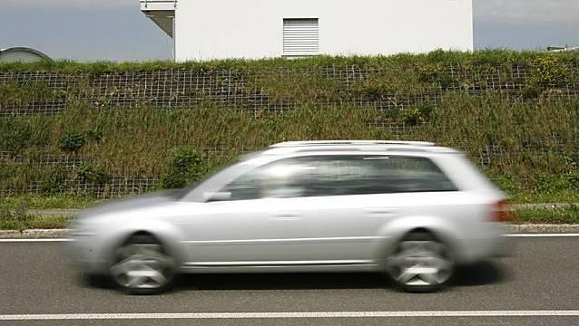 «Manche Autos hören sich an wie Geschützdonner im Krieg. Kaum zu glauben, dass das Strassenverkehrsamt das zulässt.»