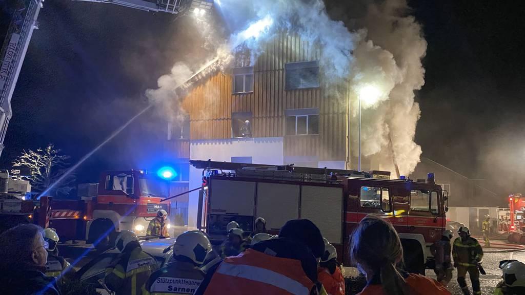 Drei Personen nach Wohnungsbrand im Spital