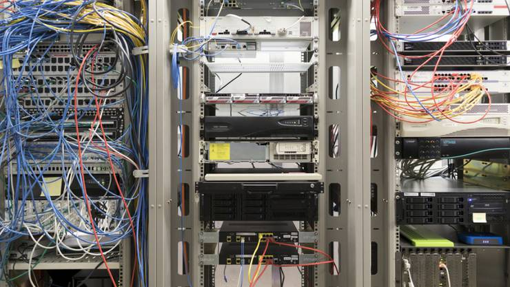 Der Bundesrat will das Datenschutzgesetz nach 24 Jahren erstmals komplett überarbeiten. Bürgerinnen und Bürger sollen damit transparenter über ihre Daten informiert werden. (Symbolbild)