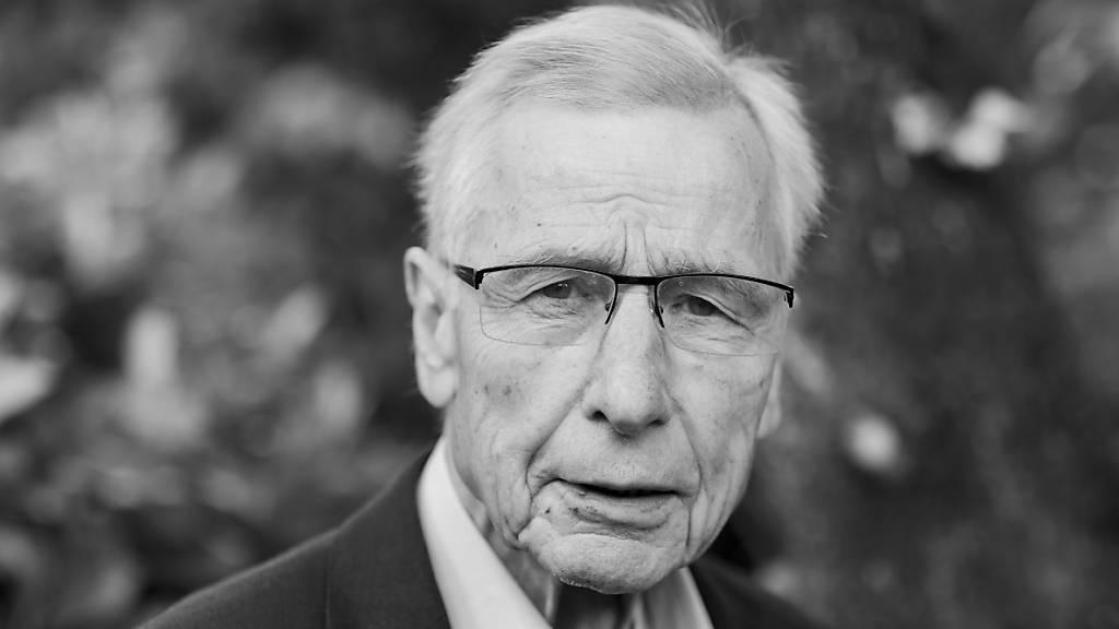 Ex-Wirtschaftsminister und NRW-Ministerpräsident Wolfgang Clement tot