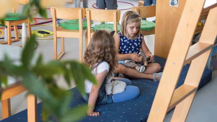 Im Vorschulalter können wenige Monate einen grossen Unterschied in der Entwicklung eines Kindes ausmachen.CHRISTIAN BEUTLER/Keystone