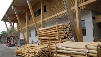 Die neue Holzhalle war erstmals Ort der Generalversammlung.