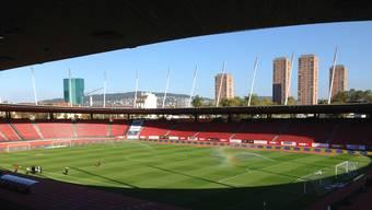 Für das Stadion Letzigrund verlangt die Stadt hohe Mieten.