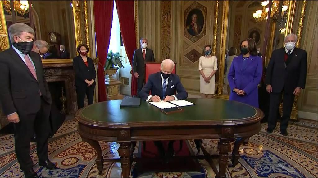 Biden unterzeichnete bereits die ersten Beschlüsse