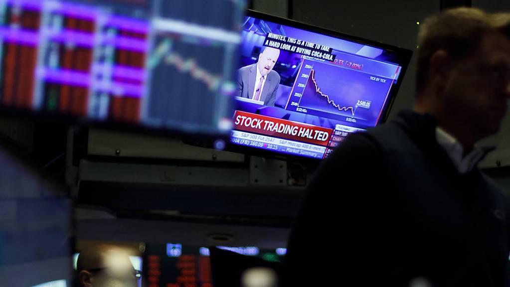 Die US-Notenbank hat am Sonntag erneut überraschend die Leitzinsen gesenkt. (Symbolbild)