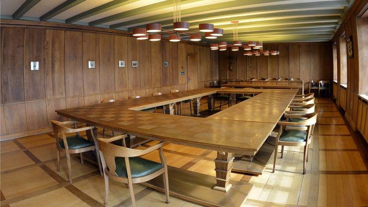 So leer sieht es während der Schönenwerder Gemeinderatssitzungen im Sitzungszimmer zum Glück nicht aus.