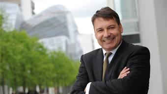 Tag der Entscheidung: Pascal Brenneisen überlegt sich für die SVP in den Regierungswahlkampf einzutreten. Martin Töngi