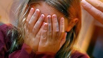 Immer mehr Kinder und Jugendliche weisen Verhaltensauffälligkeit auf. Darunter leiden alle Betroffenen. (Symbolbild)