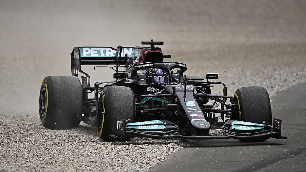 Hamilton bis 2023 bei Mercedes