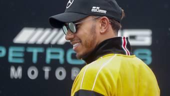 Lewis Hamilton hat gut lachen. Der fünfte WM-Titel ist zum Greifen nahe