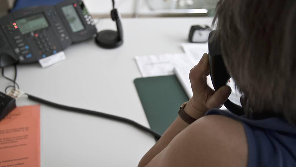 Die Helpline Thurgau für Kinder, Jugendliche und Familien bietet ab dem 1. Juli rund um die Uhr telefonische Hilfe in Notlagen (Symbolbild).