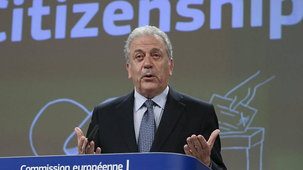 Fordert mehr und zügigere Abschiebungen von abgelehnten Asylbewerbern aus EU-Ländern: EU-Migrationskommissar Dimitris Avramopoulos. (Archiv)
