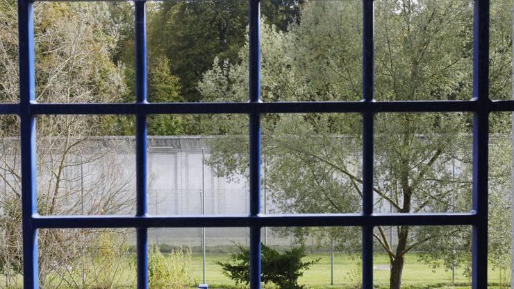Die Anti-Folter-Kommission kritisiert die Haftbedingungen in Zürcher Gefängnissen (Symbolbild).