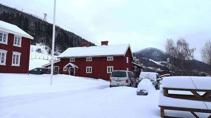 In diesen Häusern sind die Schweizer Ski-Cracks untergebracht.