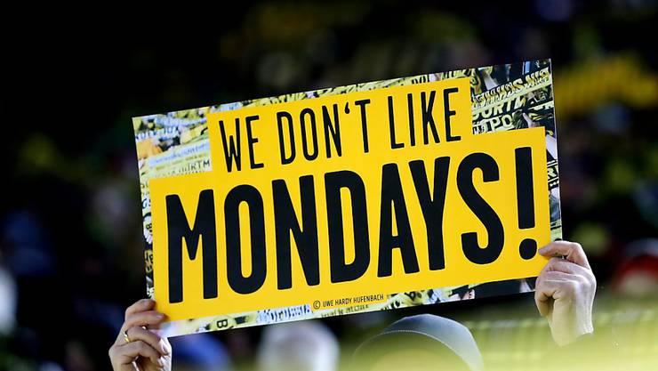 Gelb-schwarzer Fan-Protest gegen die Montagsspiele