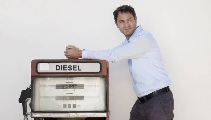 Der Friedensforscher und Ölexperte Daniele Ganser.