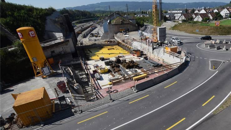Gubrist-Baustelle in Weiningen: Hier entsteht der Autobahndeckel, für den die Gemeinde lange gekämpft hat.