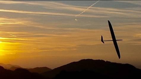 Auch Modell-Segelflug ist faszinierend.