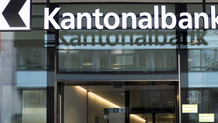 Die Basler Kantonalbank baut die Eigenbestände an Partizipationsscheinen aus.